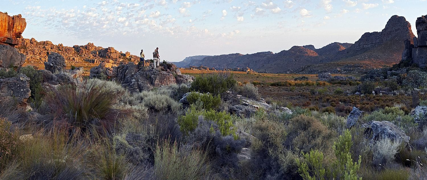 Kate and friendly walking in Rocklands near Clanwilliam accommodation, Walks in rhe northern Cederberg