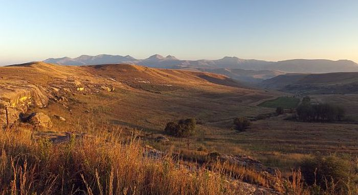 eastern-highlands-clarens-700-pano