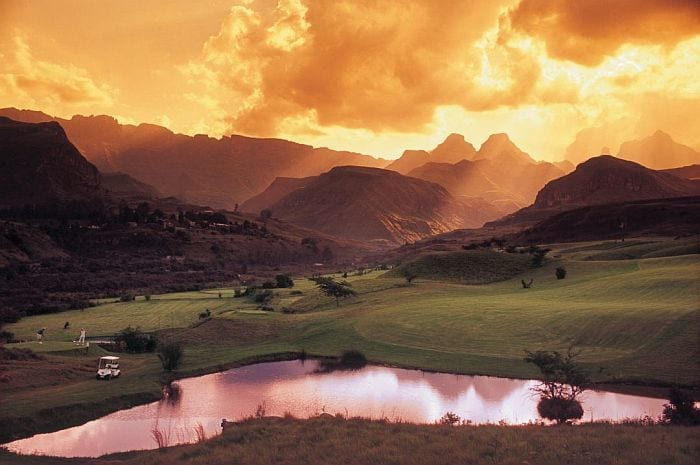 Drakensberg mountains golf