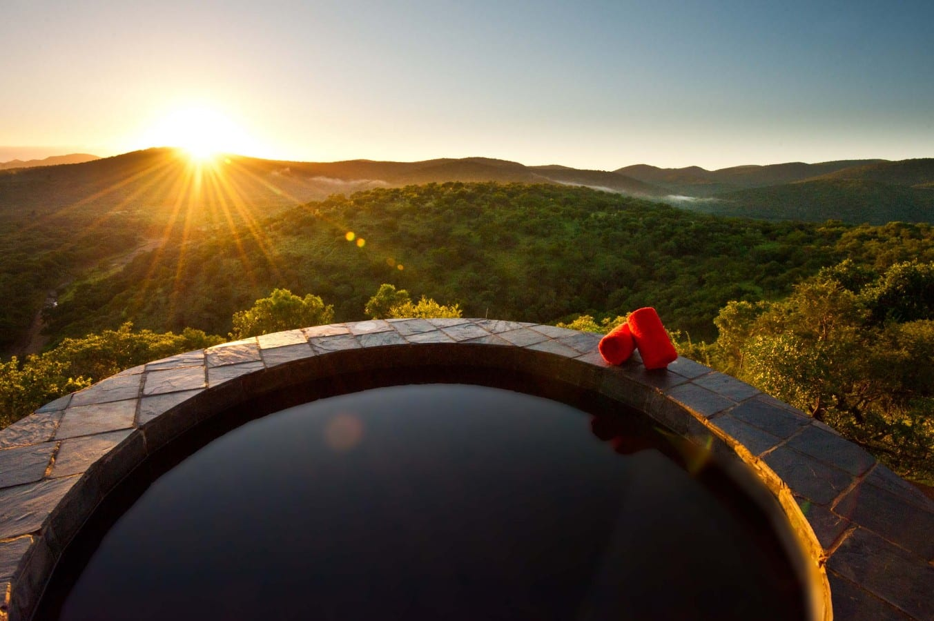 Leopard-Mountain-Game-Lodge-plunge-pool low