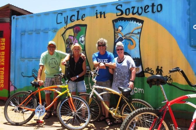 bicycle-tour-of-soweto-in-soweto-things-to-do-in-joburg-220702